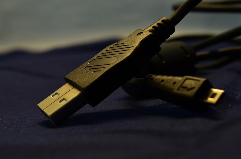 Différence entre les câbles USB de types A, B et C