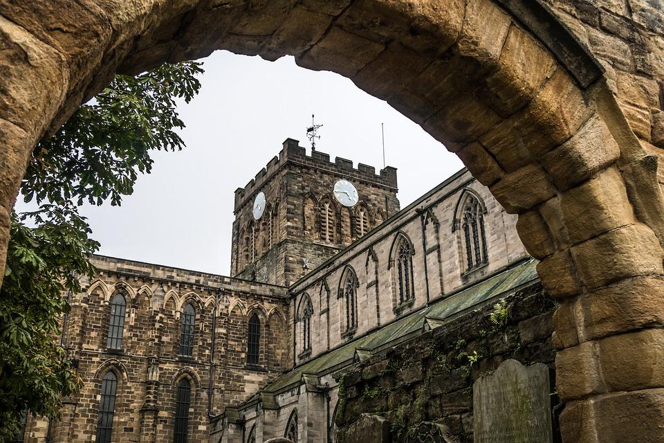 Comment est née la religion anglicane