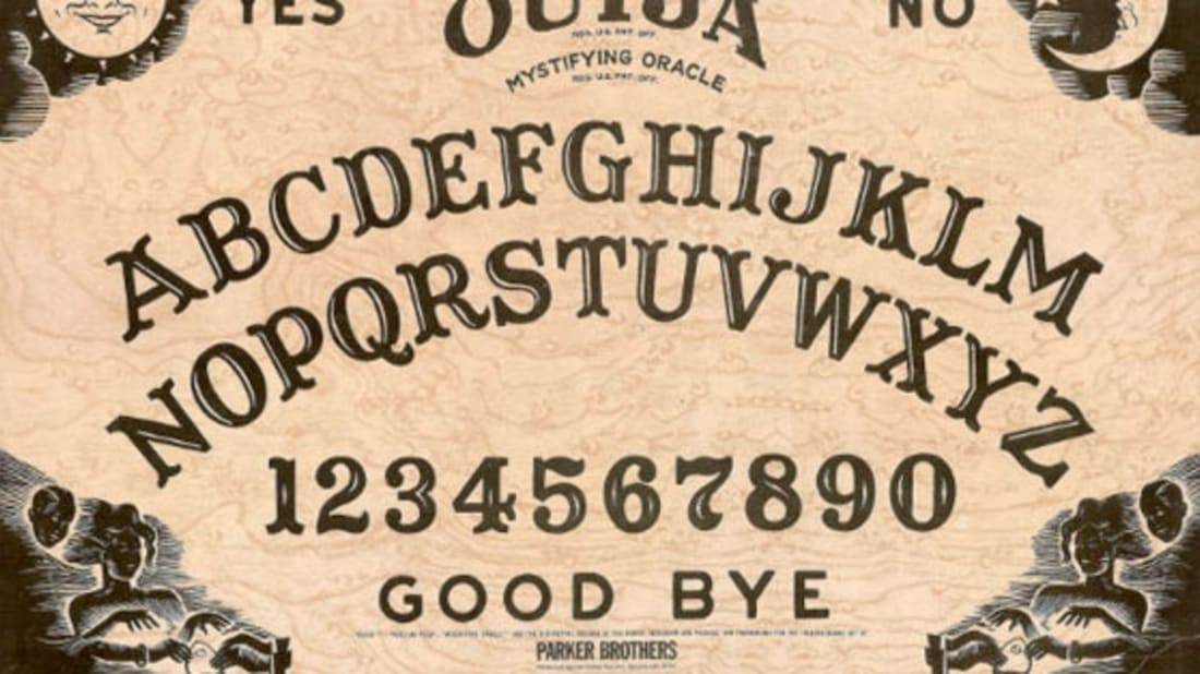 Planche Ouija : Qu'es ce que c'est et comment ça fonctionne ?