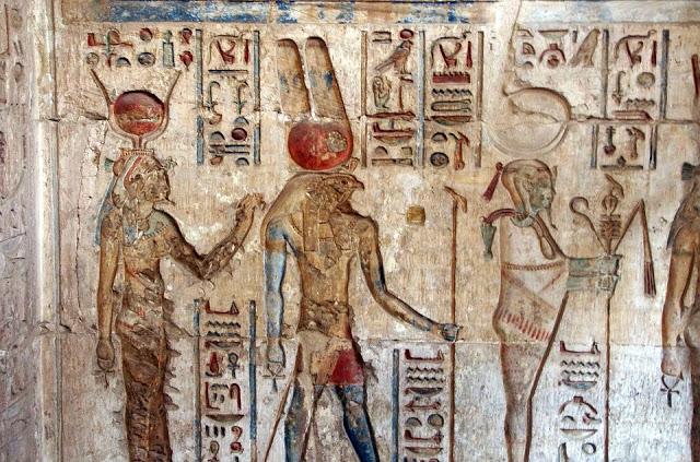 Dans la mythologie égyptienne, qui est Osiris ?