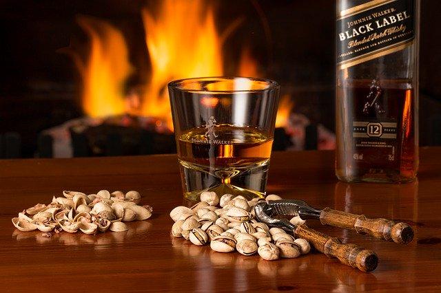 Combien de sucre / calories y a-t-il dans le whisky?