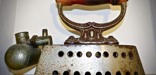 Qui a inventé le fer à repasser ? L'histoire d'un appareil électroménager