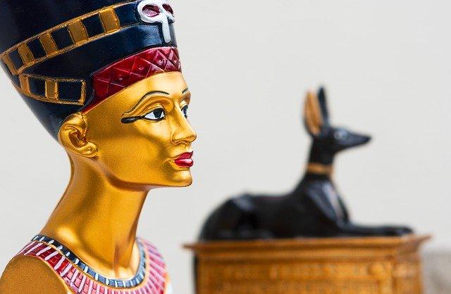 Nefertiti signification
